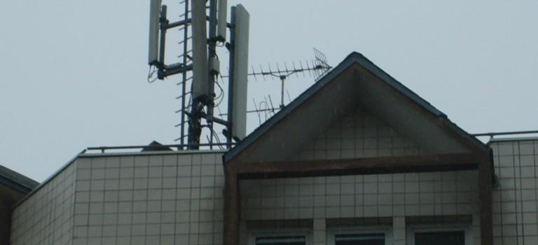 Antennes-relais dans le Val de Marne: ça capte mal?