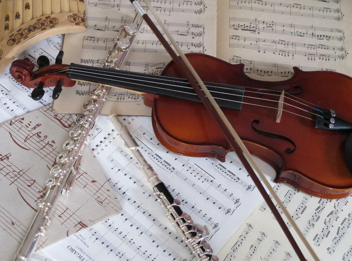 Festival et brocante de musique champigny sur marne 94 citoyens - Photo d instrument de musique ...