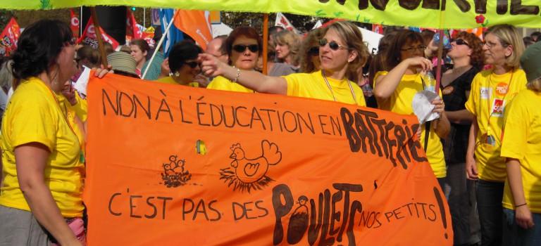Education nationale : plusieurs dizaines de milliers de manifestants à Paris