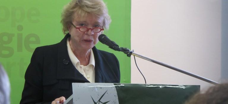 Logements : Eva Joly présente son programme à Arcueil