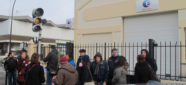 Vitry : la manifestation devant Pôle Emploi tourne court
