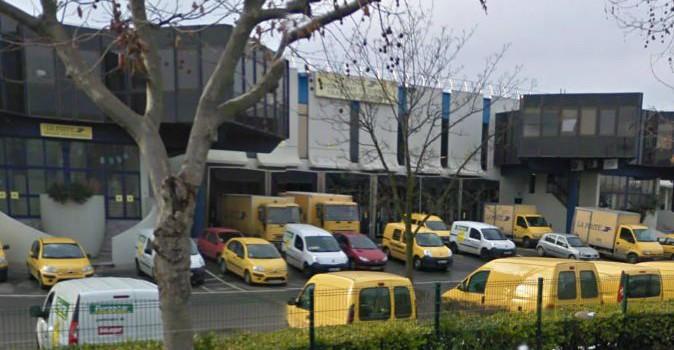 Fermeture d'un site Docapost à Fontenay : le reclassement des 79 salariés inquiète