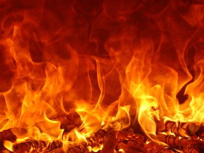 Incendie à la Pologne, à Villeneuve-Saint-Georges