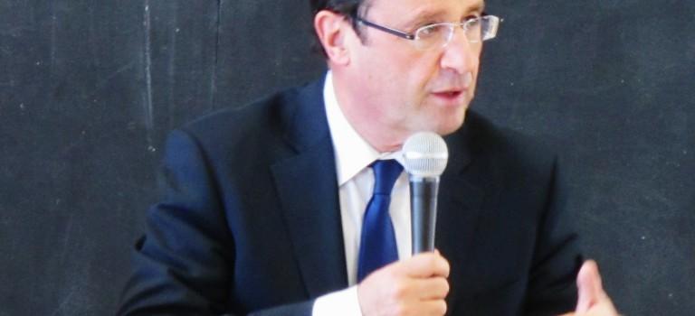 François Hollande fête la première année du label Grande école du numérique au Kremlin-Bicêtre