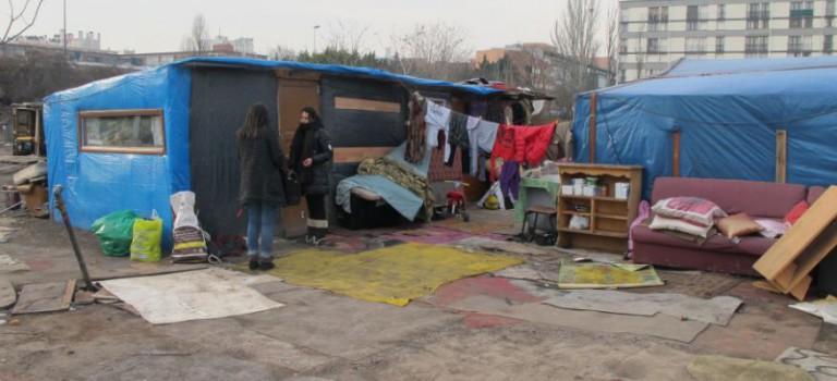 Ivry, une délégation du bidonville de Roms suspend le Conseil municipal