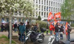 Manifestation à propos des remplaçants devant l'Inspection académique