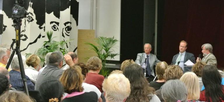 Débat droite-gauche passionné entre Gilles Carrez et Dominique Adenot
