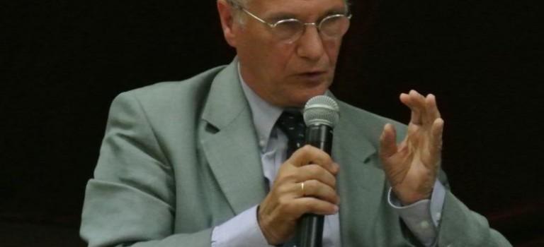 Conférence sur la loi de finance 2013 avec Gilles Carrez