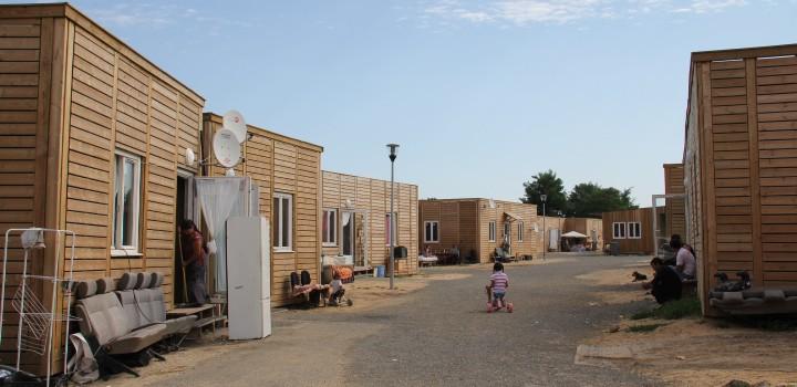 Le Val de Marne primé par l'Europe pour son village de Roms