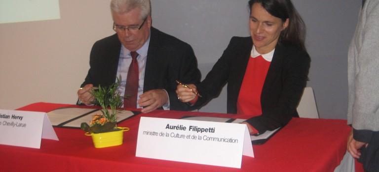 Le premier contrat territoire lecture d'Ile de France signé à Chevilly