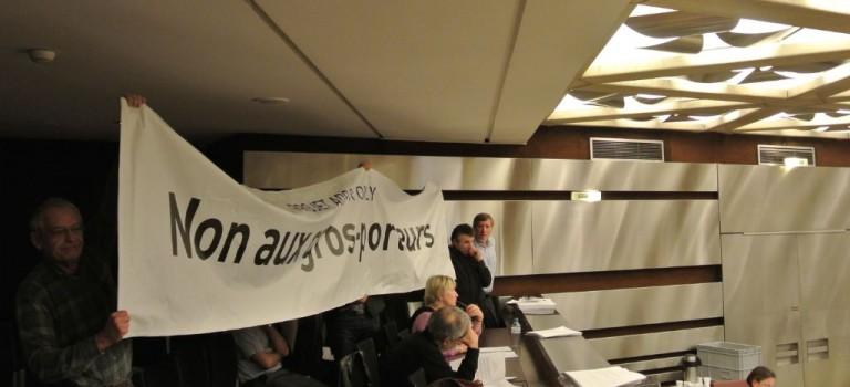 Le devenir de l'aéroport d'Orly divise violemment les élus val de marnais
