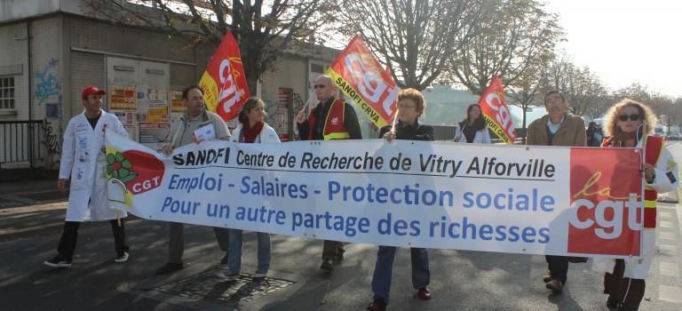 200 Sanofi ont manifesté dans le Val de Marne