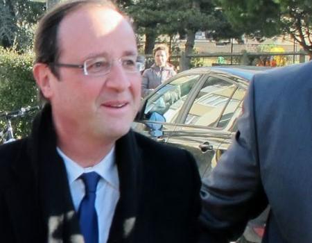 François Hollande va visiter les malades du Sida au Kremlin Bicêtre