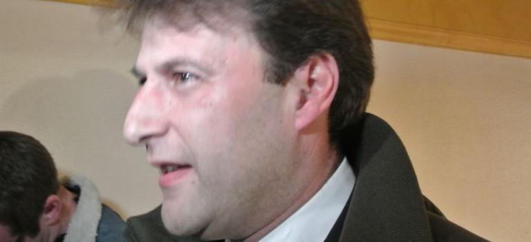 Sylvain Berrios (UMP dissident) bat Henri Plagnol aux législatives partielles