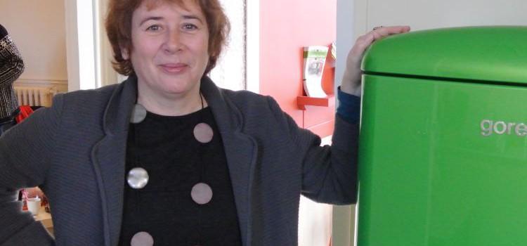 La députée Laurence Abeille chasse les mauvaises ondes