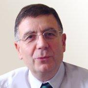 L'ex directeur de l'hôpital Saint Camille promu chevalier d'honneur