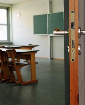 Occupation de l'école maternelle Paul Langevin à Vitry-sur-Seine