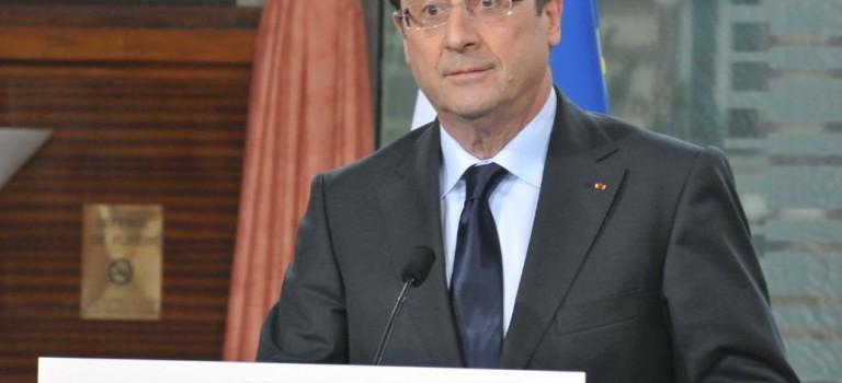 Alfortville organise un rassemblement pour la paix au Artsakh en présence de François Hollande