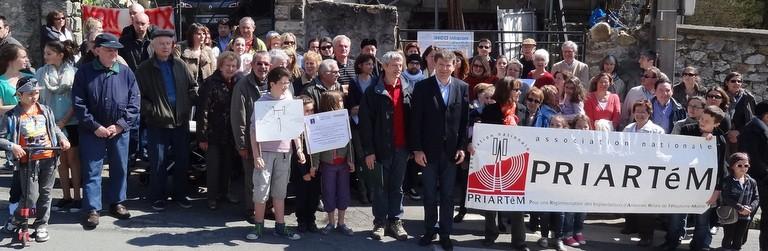 Nouvelle manifestation contre le projet d'antenne relais à Sucy