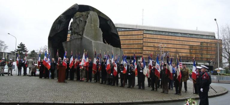 Comm morations de la victoire du 8 mai 1945 en val de - Piscine l hay les roses horaires ...