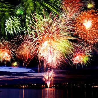 Feux d'artifices, bals populaires et réjouissances  des 13 et 14 juillet 2013