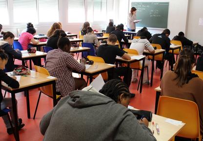 Vif débat sur l'avenir de l'éducation prioritaire à Créteil