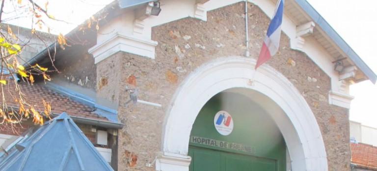 Prison de Fresnes : des jeunes soupçonnés d'avoir incendié des voitures de surveillants
