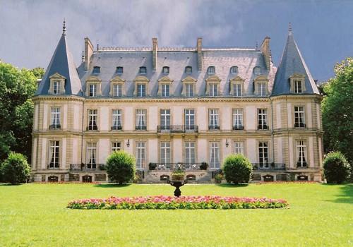 Exposition et vente publique au Château de Santeny