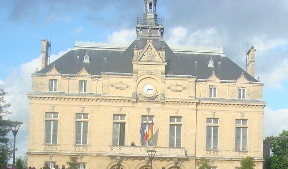 Municipales Perreux : Claude Lédion candidat Front National