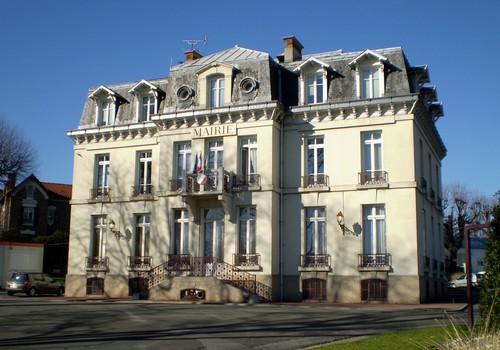 Accrochage : deux militants FN portent plainte contre le maire LR de Villiers-sur-Marne