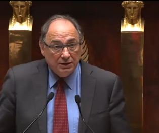 Fin du suspense à Cachan: Jean-Yves Le Bouillonnec choisit le parlement