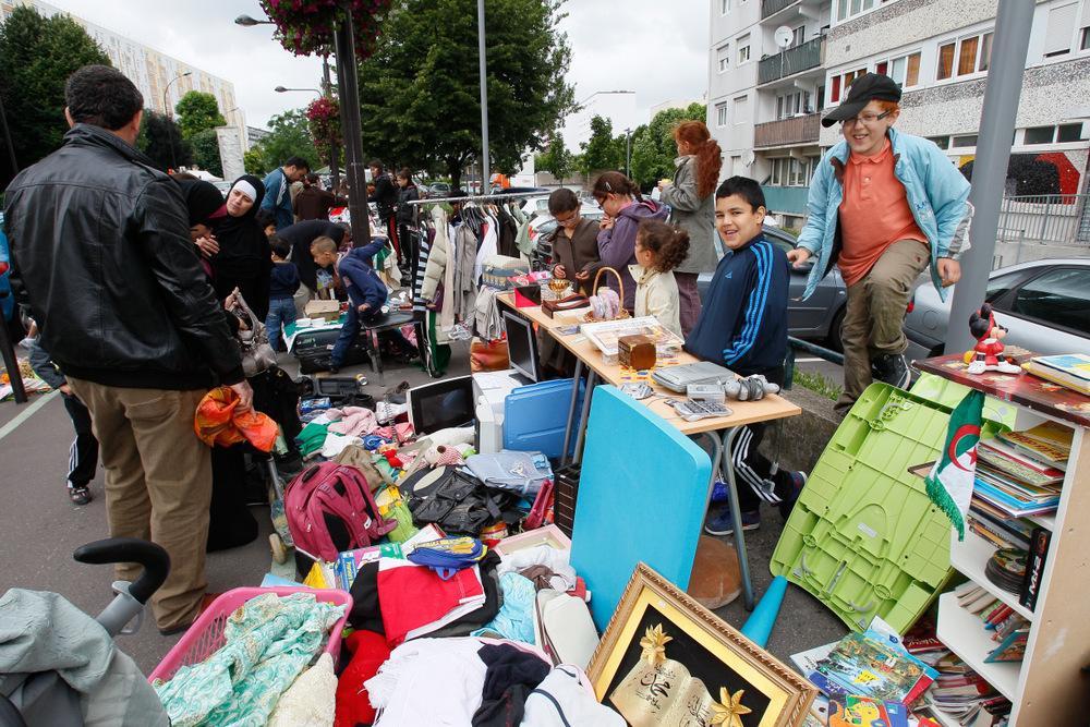 Vide grenier de la croix rouge maisons alfort 94 citoyens - Vide grenier paris 20 ...
