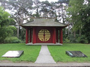 jardin-tropical-temple-indochinois-2
