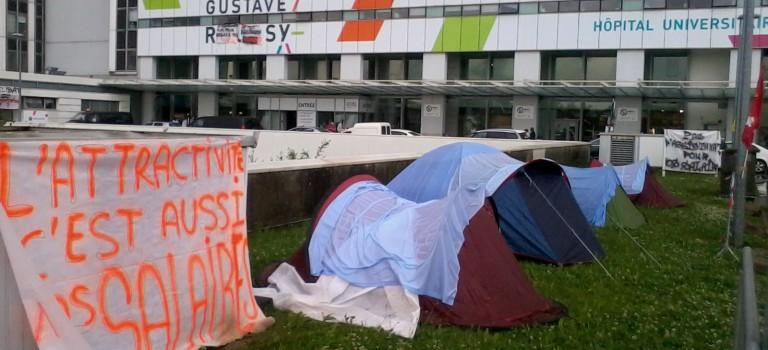 Grève et camping pour les salaires à l'institut Gustave Roussy