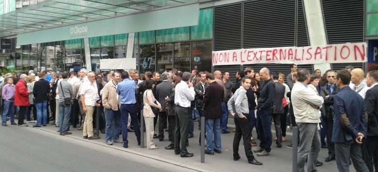 Externalisation : 230 salariés du Crédit Agricole ont débrayé au Kremlin