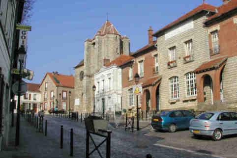 Municipales à la Queue-en-Brie: le rapporteur demande le rejet du recours