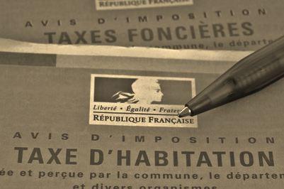 Impact de l'évolution des bases sur les hausses d'impôts locaux dans le Val de Marne