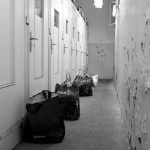Couloir acces parloirs Fresnes OIP