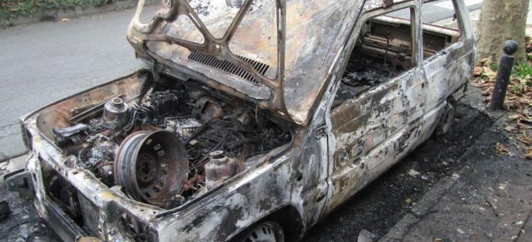 Voitures brûlées à Champignol: un suspect arrêté