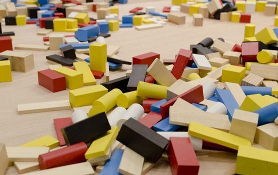 Jeux de construction, d'inventions et de couleurs à Orly