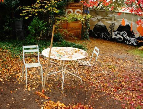 Le Râteau lavoir, jardin partagé à Fontenay, ne veut pas disparaître