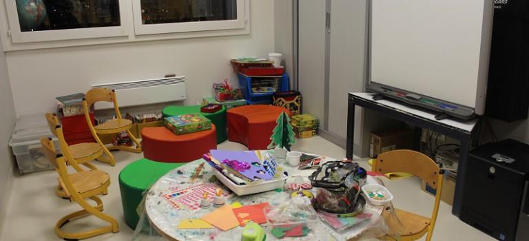 Le centre anti-cancer Gustave Roussy dévoile son nouveau département enfants à la ministre