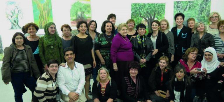 A Saint-Maur, artistes israéliennes juives, musulmanes et chrétiennes exposent ensemble