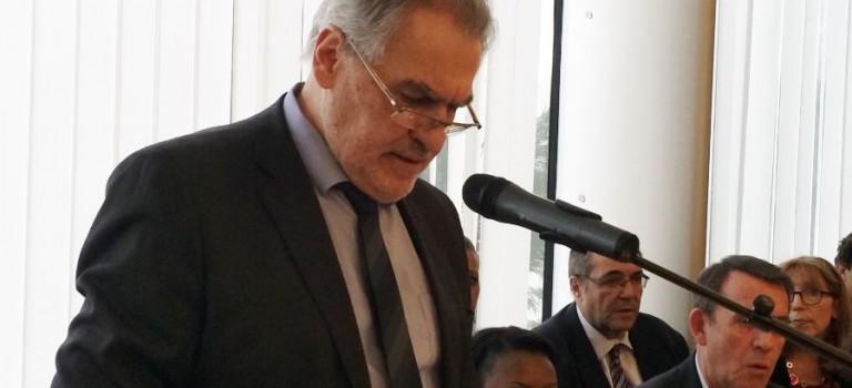 Le PS du Val de Marne retire son soutien à Christian Favier à Champigny