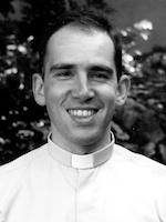 Débat sur la relation entre catholiques et politique avec Mgr Santier et le père Rougé