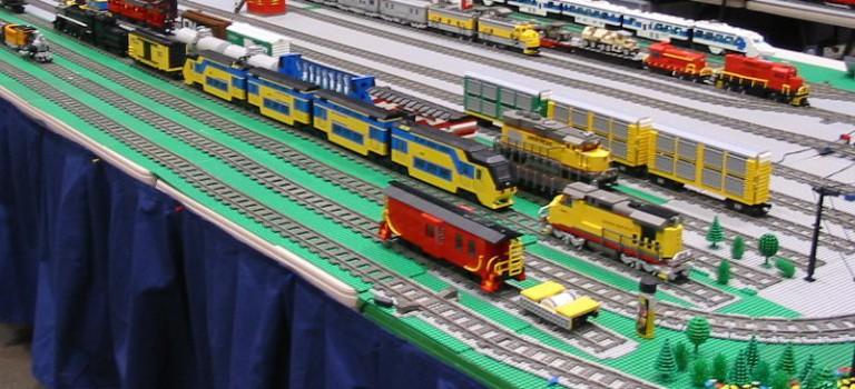 Petits trains et grands circuits au salon du modélisme ferroviaire de Saint-Mandé