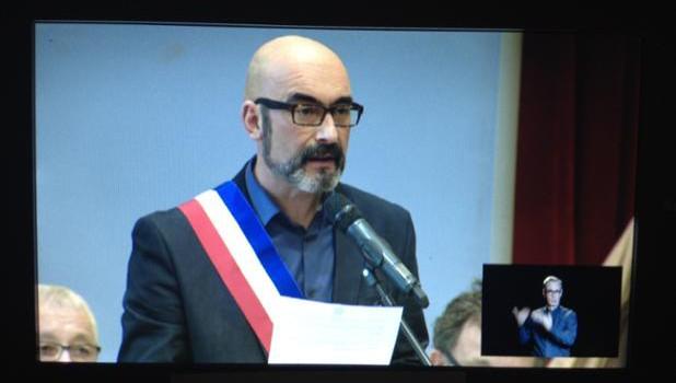 Philippe Bouyssou élu maire d'Ivry-sur-Seine