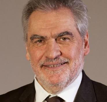 Départementales : meeting de Christian Favier à Arcueil