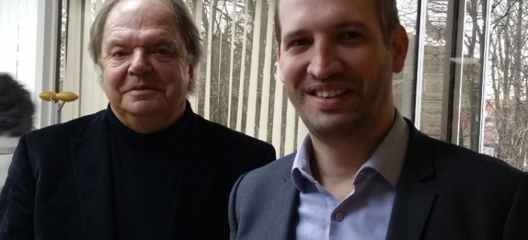 A Fontenay-sous-Bois, Jean-François Voguet cède son écharpe de maire à Jean-Philippe Gautrais