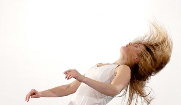 La danse contemporaine de Carolyn Carlson au Kremlin-Bicêtre